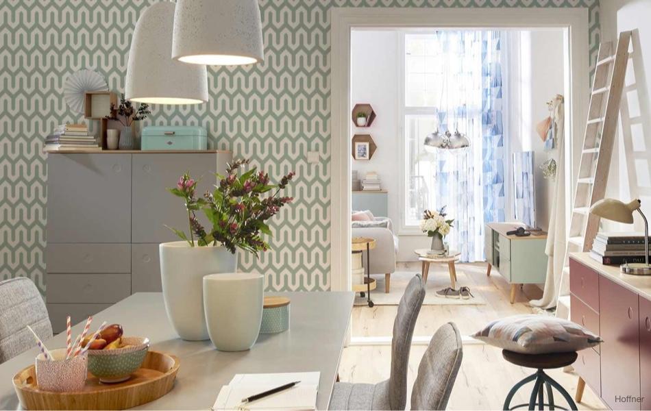Tapety i obklady na stěnách dodají bytu šmrnc