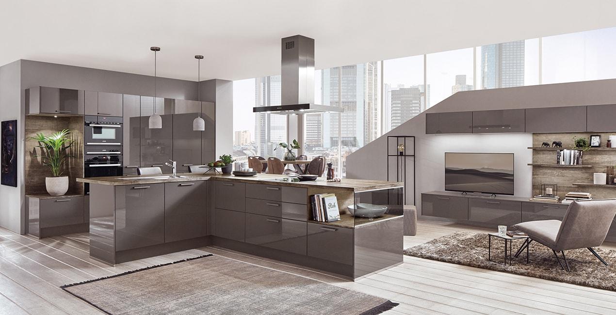 Kuchyňská linka a obývací stěna Flash z programu Více než kuchyň