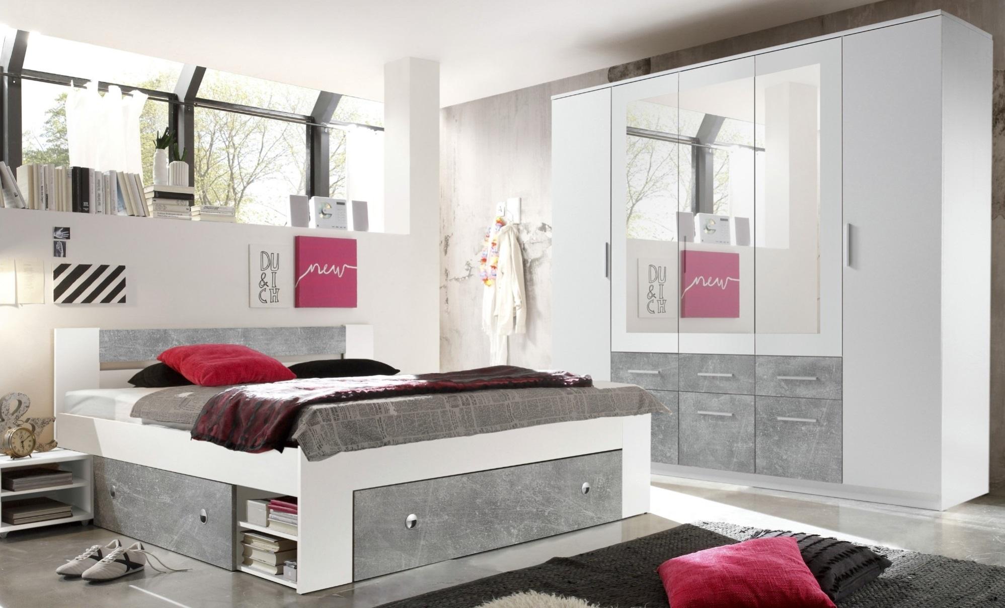 Šatní skříň a postel Fiena