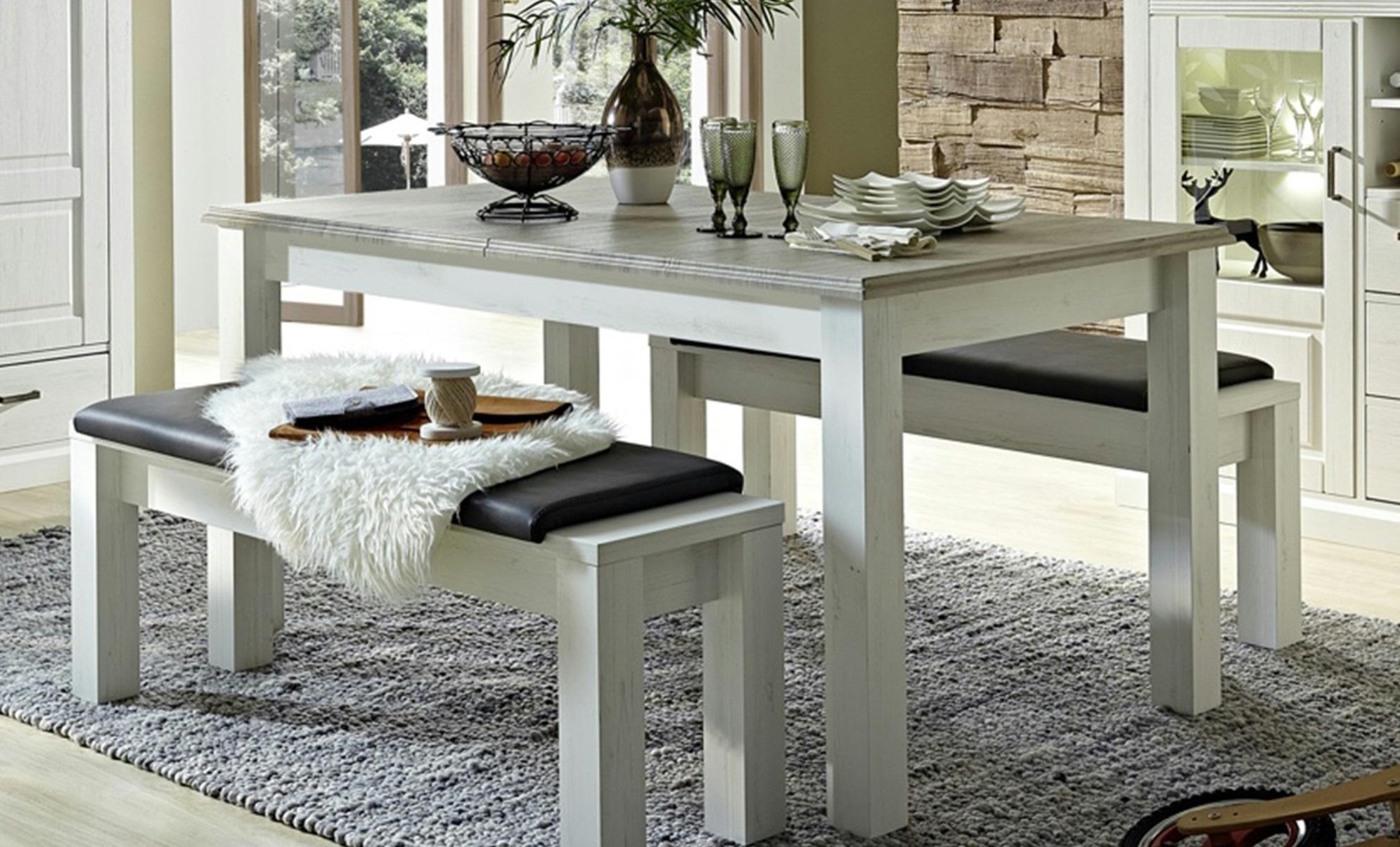 Lavice a jídelní stůl z nábytkového programu Lima